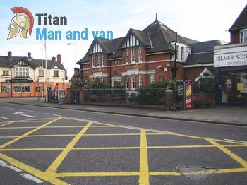 Fully equipped man and van movers in Becontree Heath, RM8