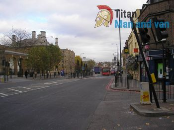 Punctual Moving Services in Mile End